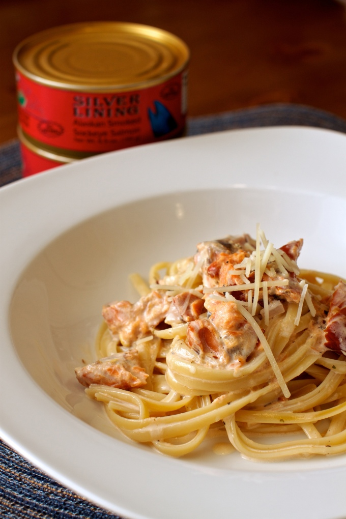 Smoked Salmon Linguine with Lemon Cream Sauce #pasta #smokedsalmon | The Missing Lokness