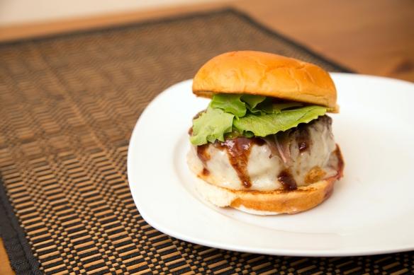 Hambāgu Burger1